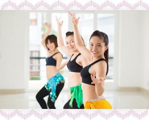 横浜のベリーダンス教室:レッスン風景